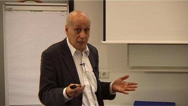 prof. dr. Mahmoud Ezzamel