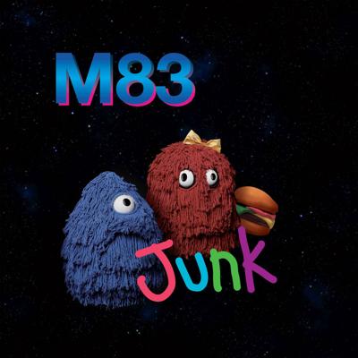 M83, NUEVO Nº 1 EN PLASTICOS Y DECIBELIOS