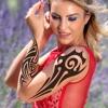 紋身工作室照片編輯 - 嘗試藝術家紋身設計對於車身顏色和墨效果